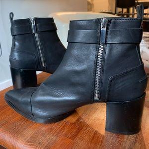 Black leather Zara booties